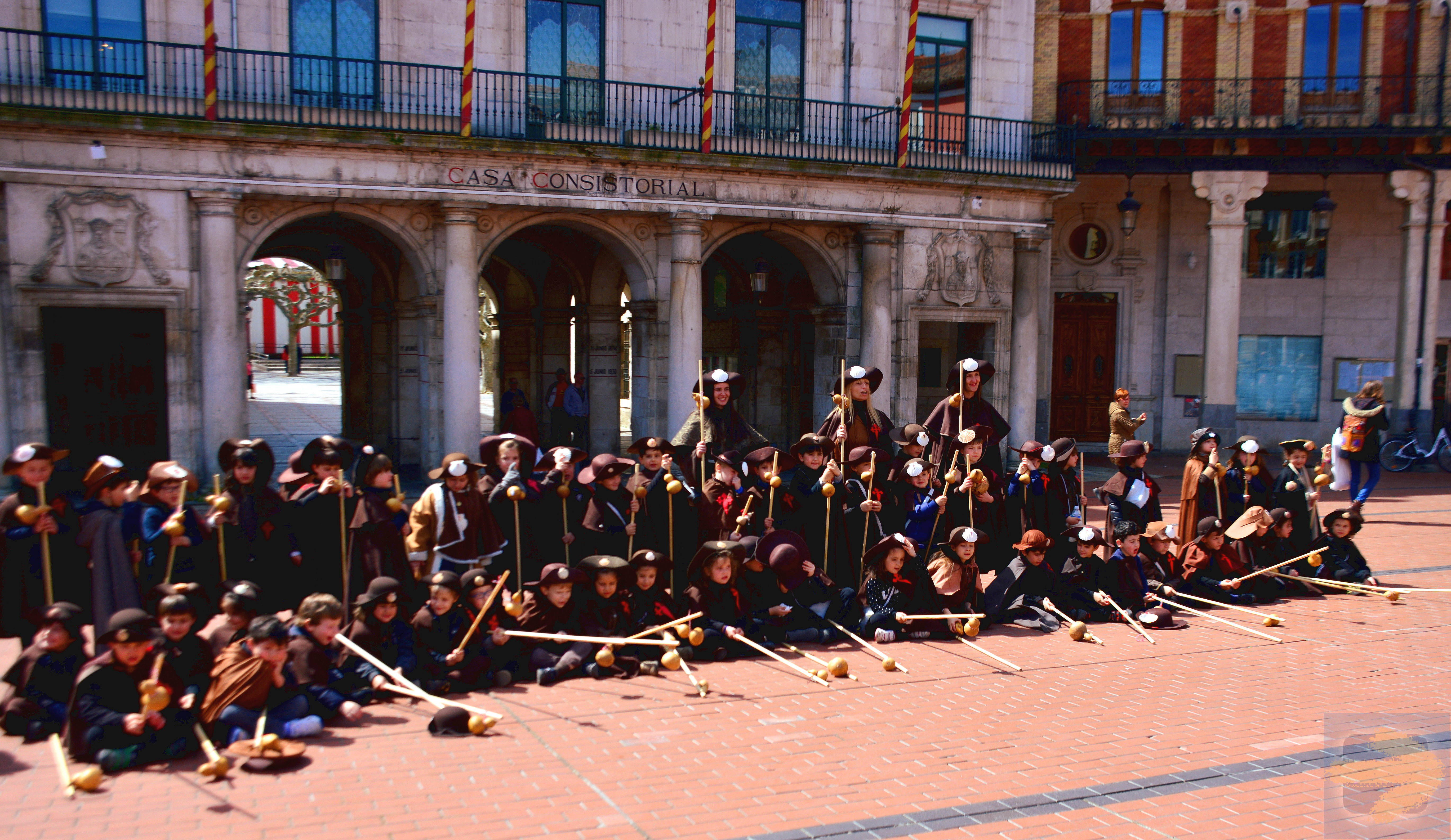 A Burgos encounter - a school of little Peregrinos!