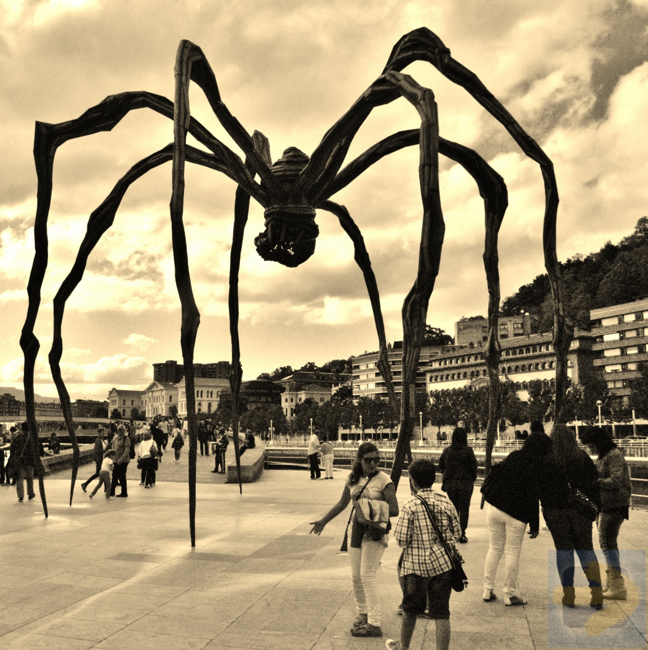 Maman by Louise Bourgeois, Guggenhiem, Bilbao